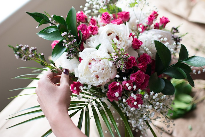 how to create a beautiful floral arrangement_everygoodthingblog